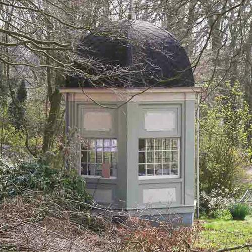 The 18th century tea house before restoration