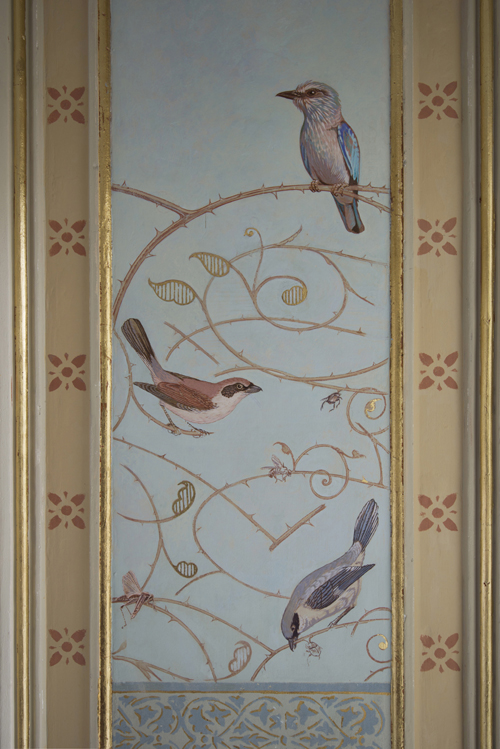 Painted Shrikes and fragments of ornamental Rose branches - Peter Korver | Amsterdam
